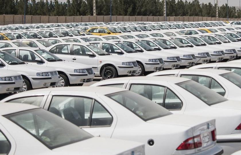 توزیع اقلام بهداشتی به مشتریان ایران خودرو