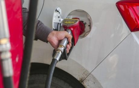 سهمیه بنزین نوروزی حذف شود