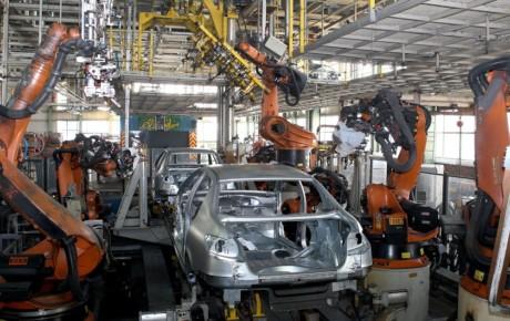 فراز و نشیبهای صنعت خودرو در سال 98