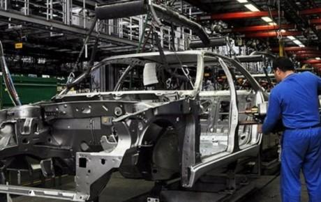 خودروسازان در طراحی و کیفیت خودروها تجدیدِ نظر کنند