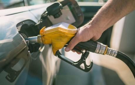 سهمیه سوخت کدام خودروها به کارت بانکی واریز میشود؟