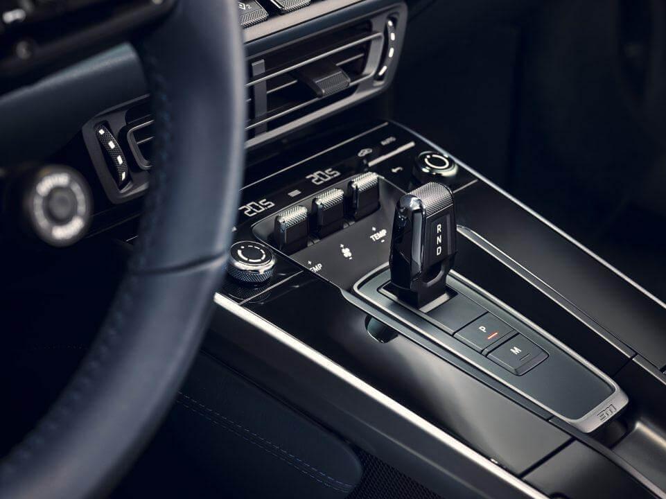 پورشه 911 مدل 2020-2021