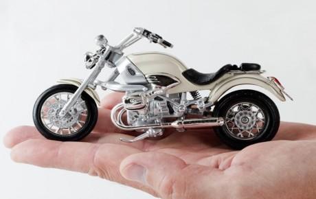 ضرورت ساماندهی ۹ میلیون موتورسیکلت فاقد بیمه نامه