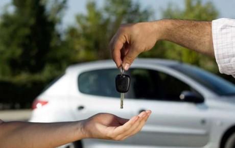 ضرورت تسریع در اعلام قیمت خودروها برای فصل دوم سال
