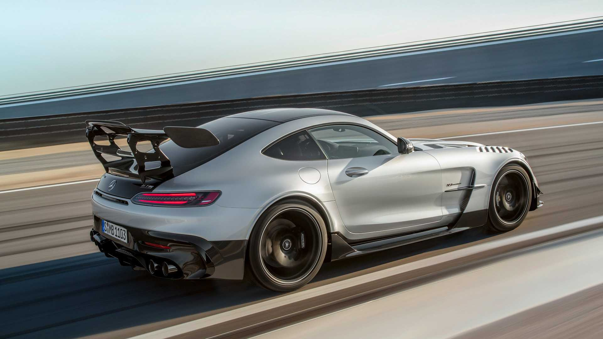 back view amg gt