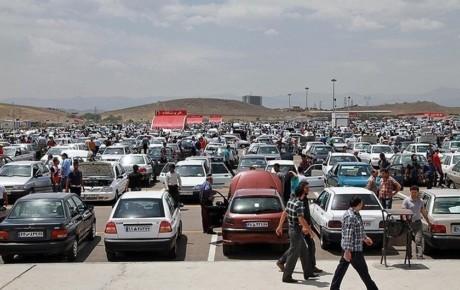 رشد قیمت خودرو در بازار بی برنامه