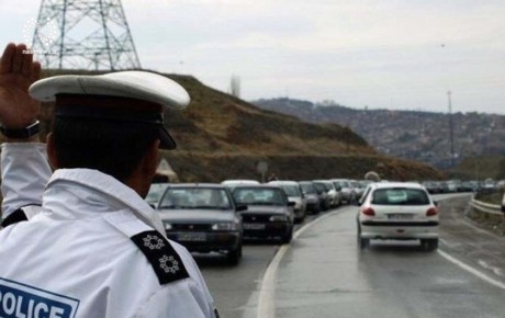 برخورد با توقف خودروها در حاشیه بزرگراهها