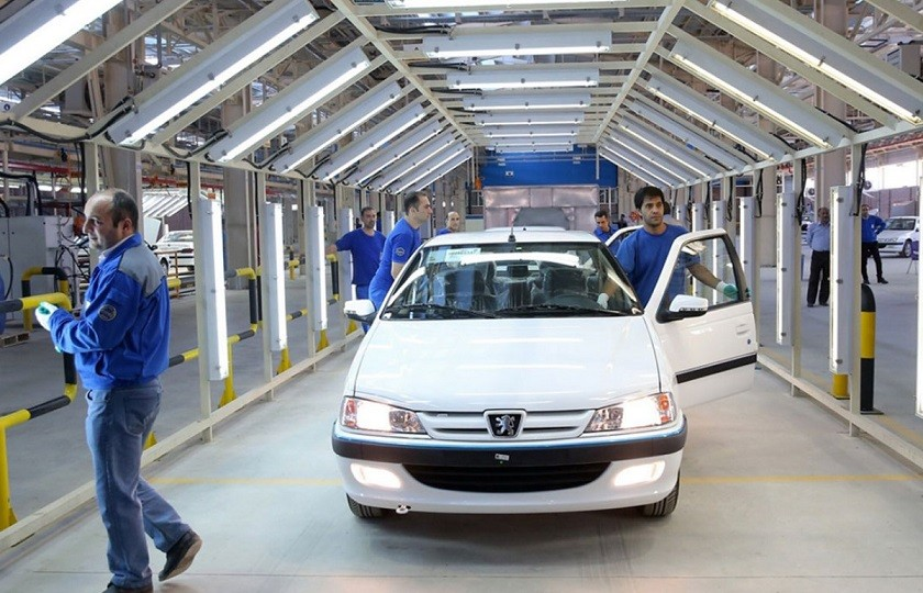 زیان 25 هزار میلیاردی خودروسازان در سال گذشته
