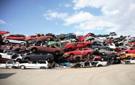 علت صدور معاینه فنی برای خودروهای فرسوده چیست؟
