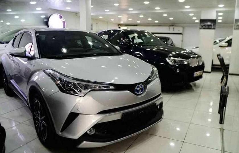 قیمتهای نجومی خودروهای وارداتی در بازار