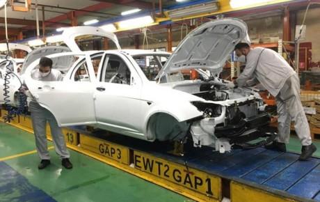 درخواست وزیر صمت برای بررسی بسته جهش تولید و خروج خودروسازان از زیان دهی