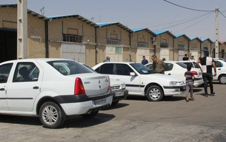 دلالان عامل اصلی افزایش قیمت خودرو هستند