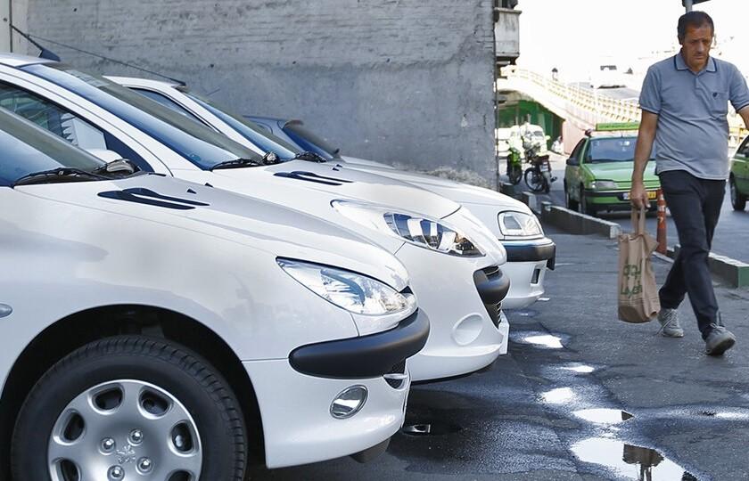 ریزش قیمت خودرو همچنان ادامه دارد