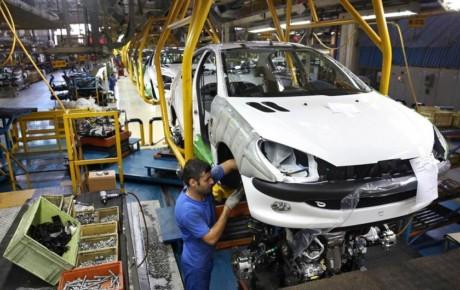 وضعیت خودروسازان پیامد ۳۰ سال همکاری با فرانسوی ها است