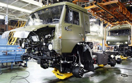 کاهش ۱۰ درصدی تولید خودروهای سنگین