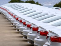آزادسازی واردات خودرو ۹ ماه زمان می برد