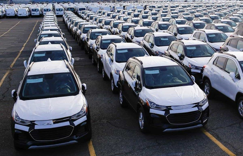 روایت های متعدد درباره آزادسازی واردات خودرو