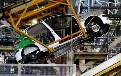 افت تولید ماهانه خودروهای داخلی در اولین ماه زمستان