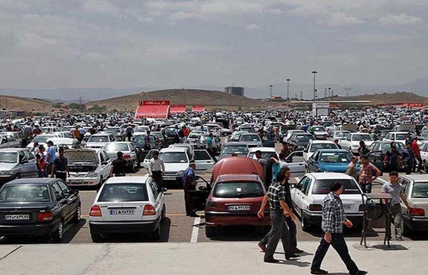 قیمت خودرو باید به سود مصرفکنندگان کاهش یابد