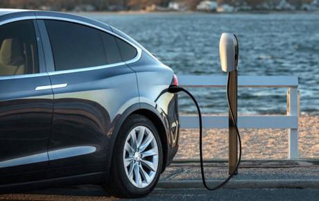 آینده متعلق به خودروهای برقی و باتری های جدید است