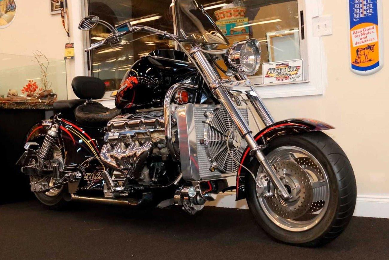 موتورسیکلت باس هاس 502