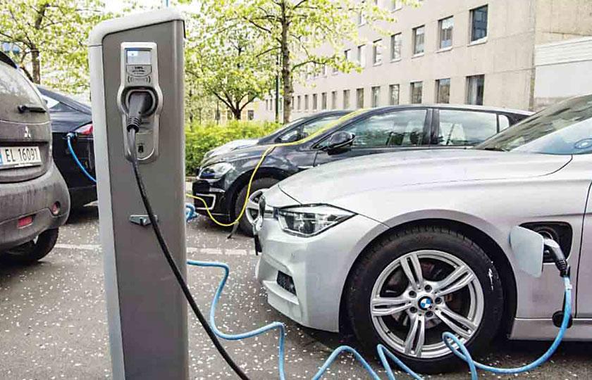 مشکلات تولید خودرو های الکتریکی
