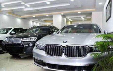 گرفتن مالیات از خودروهای لوکس ، عامل کسادی بازار؟