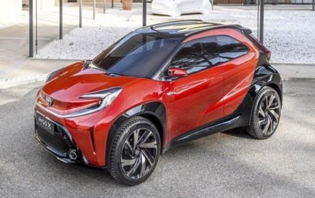 رونمایی از خودروی تویوتا آیگو X پرولوگ