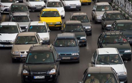 تعیین قیمت عرضه خودرو در بورس