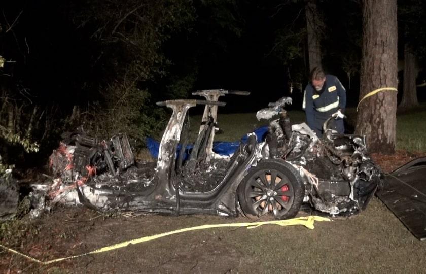خودروی خودران تسلا باعث مرگ دو نفر شد
