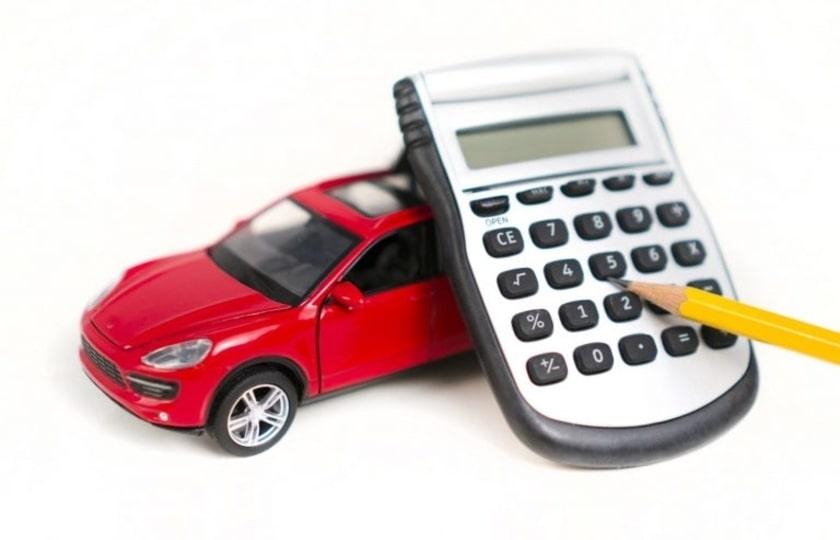 اخذ مالیات خودرو وارداتی با ارز نیمایی بر خلاف قانون است
