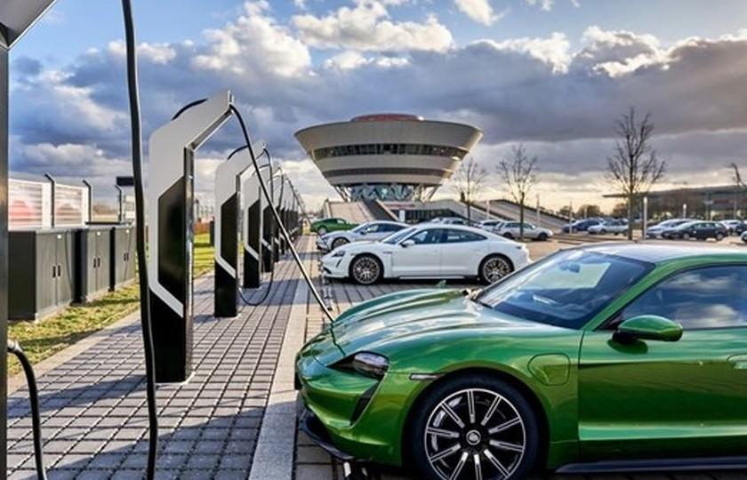 رقابت خودرو های برقی در بازار خودرو