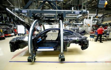 درخواست خودروسازان ، آزادسازی قیمت ها و  آزاد شدن واردات خودرو