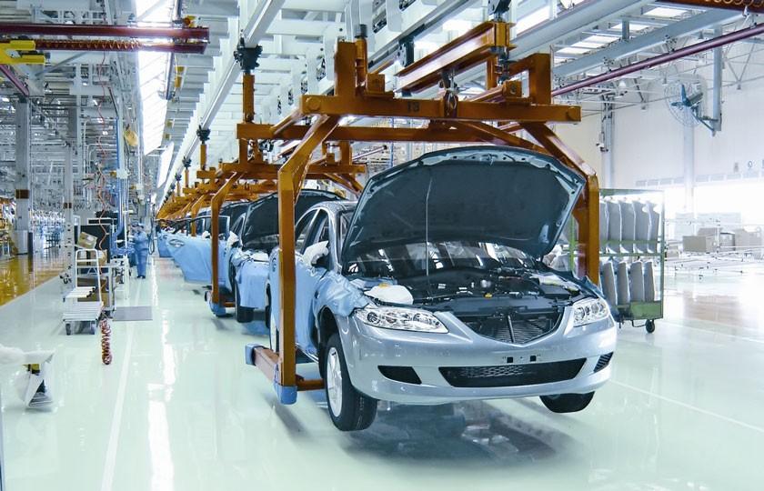 ممنوعیت واردات خودرو و تلاش برای داخلی سازی