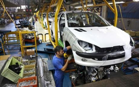 احتمال کاهش عمدی تیراژ خودروسازان کشور